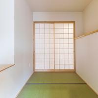 小上がりを設けた3帖の畳スペースの画像
